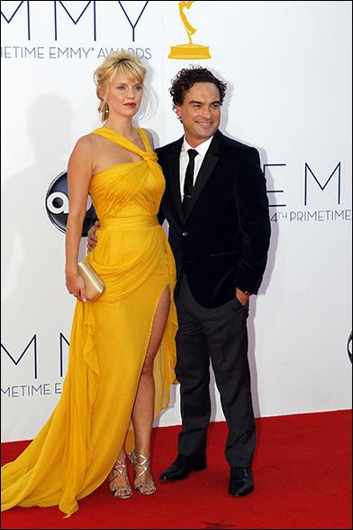 Kelli Garner and Johnny Galecki