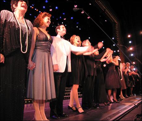 The 2007 City Center Encores! cast takes a bow.