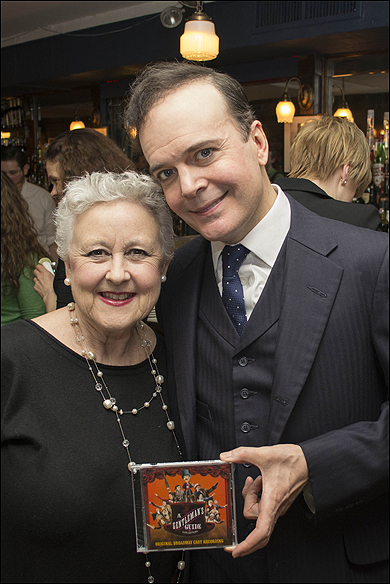 Jane Carr and Jefferson Mays