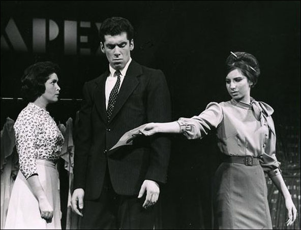 Marilyn Cooper, Elliott Gould and Barbra Streisand in I Can Get It For You Wholesale