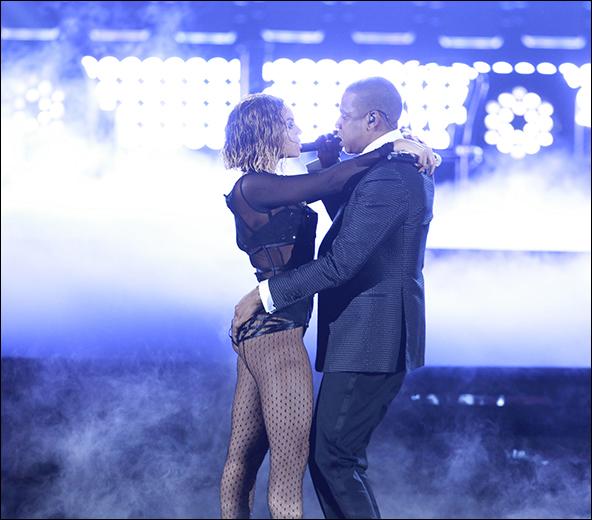Beyonce & Jay-Z perform
