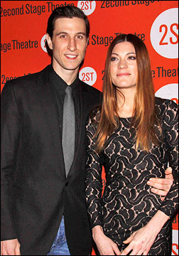Pablo Schreiber and Jennifer Carpenter