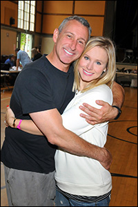 Director Adam Shankman and Kristen Bell in rehearsal