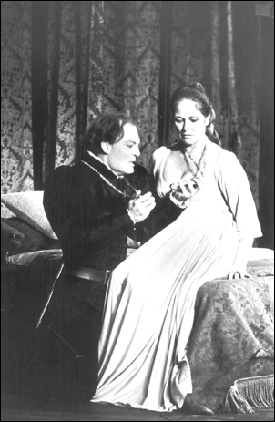 Stacy Keach and Colleen Dewhurst in Hamlet, 1972