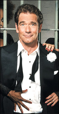 Huey Lewis as Billy Flynn