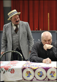 Nathan Lane and Brian Dennehy in rehearsal at Chicago's Goodman.