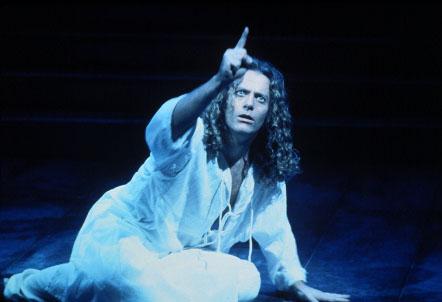 Glenn Carter in the 2000 Broadway revival