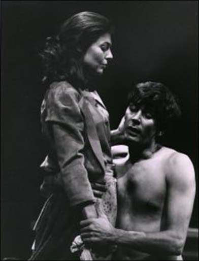 Anne Bancroft and Frank Langella in the 1968 Lincoln Center Theater production A Cry of Players.