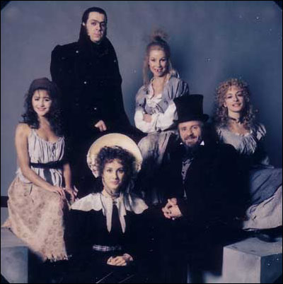 Frances Ruffelle as Eponine, Roger Allam as Javert, Sue Jane Tanner as Madame Thenardier, Patti LuPone as Fantine, Colm Wilkinson as Valjean and Rebecca Caine as Cosette