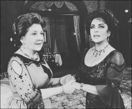 Maureen Stapleton and Elizabeth Taylor in The Little Foxes, 1981.