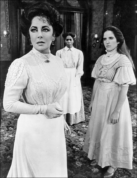 Elizabeth Taylor, Novella Nelson and Ann Talman in The Little Foxes, 1981.