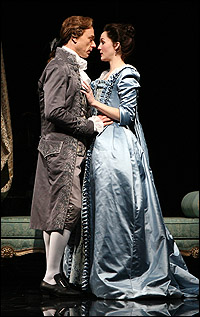 Ben Daniels and Jessica Collins in <I>Les Liaisons Dangereuses</I>.