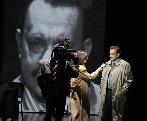 Tom Hanks with Deirdre Lovejoy and Stephen Tyrone Williams