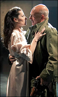 Kate Fleetwood and Patrick Stewart in <I>Macbeth.</I>
