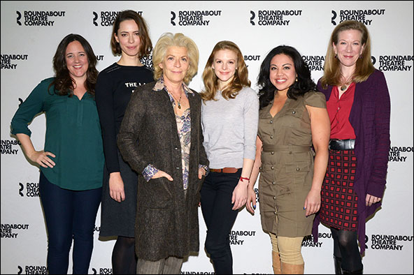 Karen Walsh, Rebecca Hall, Suzanne Bertish, Ashley Bell, Maria-Christina Oliveras and Henny Russell