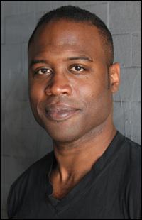 Kevin Daniels plays Earvin