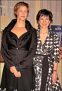 <I>Mary Stuart</I>'s Janet McTeer and Harriet Walter