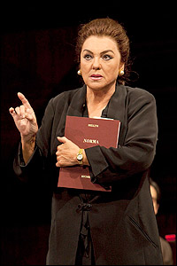 Tyne Daly as Maria Callas in <i>Master Class</i> at the Kennedy Center.