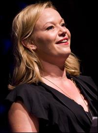 Samantha Mathis