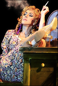 Andrea McArdle in the North Carolina Theatre production.