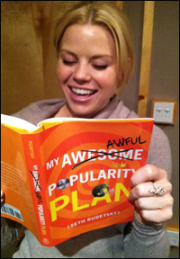 Megan Hilty enjoys a good read