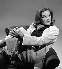 Kate Mulgrew as Katharine Hepburn in <i>Tea at Five</i>.