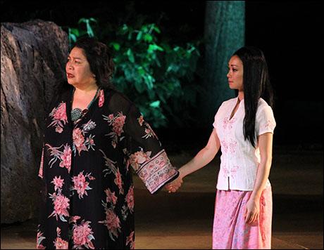 Loretta Ables Sayre and Sumie Maeda