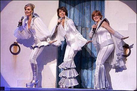 Judy McLane, Beth Leavel and Allison Briner