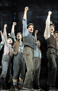 Jeremy Jordan and the original Broadway company