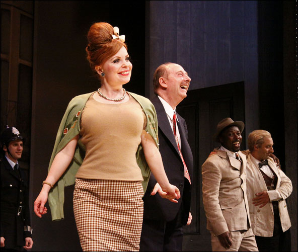 Suzie Toase, Fred Ridgeway and cast