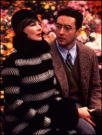Dianne Wiest and John Cusack in