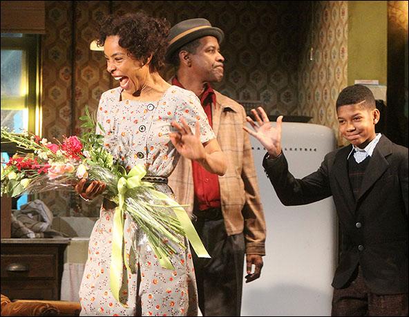 Sophie Okonedo, Denzel Washington and Bryce Clyde Jenkins