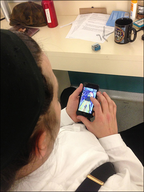 Jason Wooten playing Temple Run 2.  He currently holds the cast record at somewhere around 70 Million points.