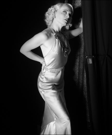 Joyce gives us some old school Hollywood glamour.
