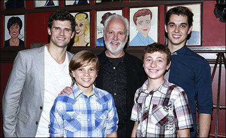 Kyle Dean Massey, John Rubinstein, Kyle Selig and the Pippin boys