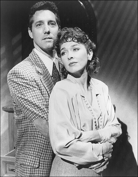 Michael Rupert and Donna Bullock in City of Angels