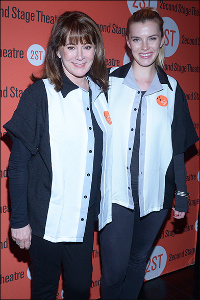 Patricia Richardson and Betty Gilpin