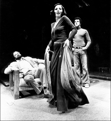 Laurence Luckinbill, Patricia Elliott and Mandy Patinkin in The Shadow Box