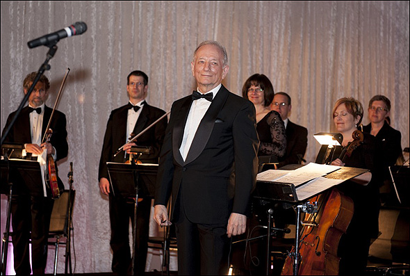 Jonathan Tunick and the Signature Theatre Orchestra