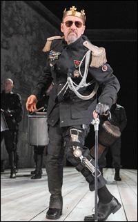 Kevin Spacey in <i>Richard III</i>.