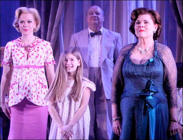 Emily Bergl, Victoria Leigh, Brian Reddy and Debra Monk