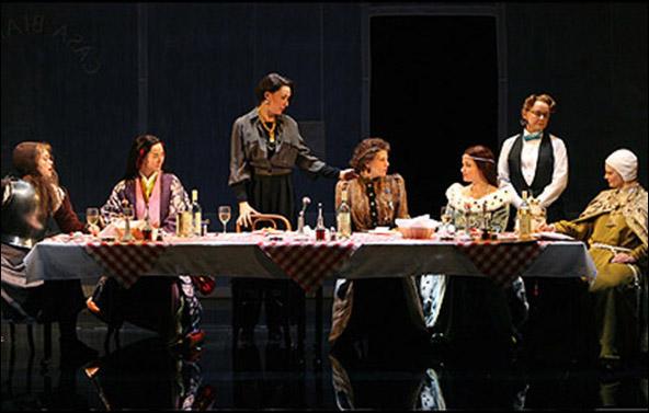 Ana Reeder, Jennifer Ikeda, Elizabeth Marvel, Marisa Tomei, Mary Catherine Garrison, Mary Beth Hurt and Martha Plimpton in the 2008 Broadway production of Top Girls