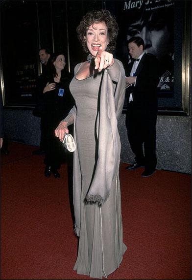 Dixie Carter at the 2000 Tony Awards
