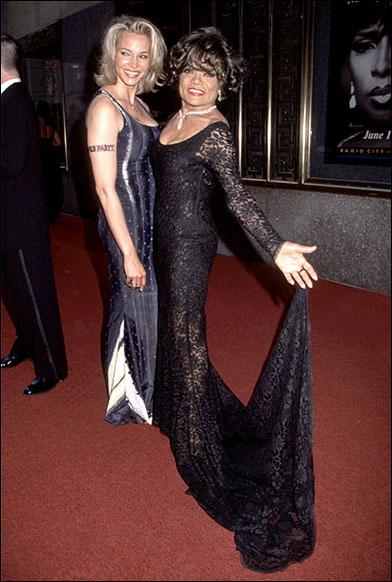 Kitt Shapiro and her mom Eartha Kitt at the 2000 Tony Awards