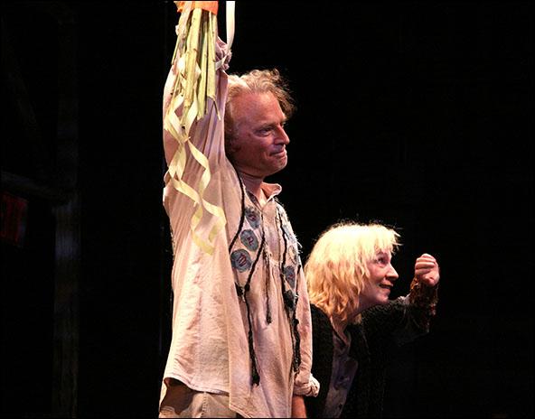 Brad Dourif and Amanda Plummer
