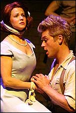 Tamara Spiewak and Michael Buchanan in Chicago's <I>Urinetown</I>.