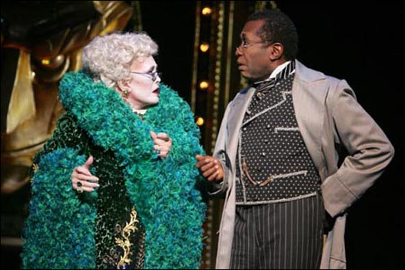 Rue McClanahan and Ben Vereen in the Broadway musical Wicked, 2005