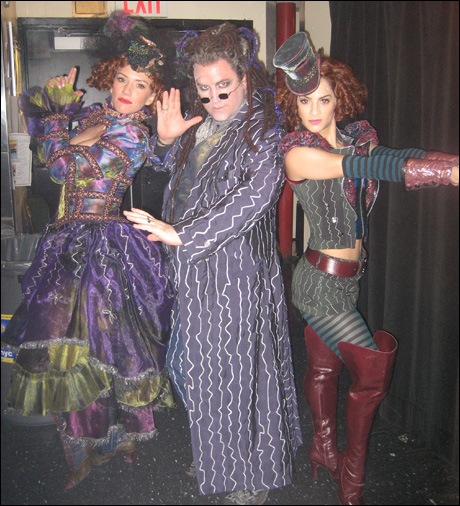 Natalie Hill, Danny Stiles and Renee Marino- like a very odd Charlie's Angels.
