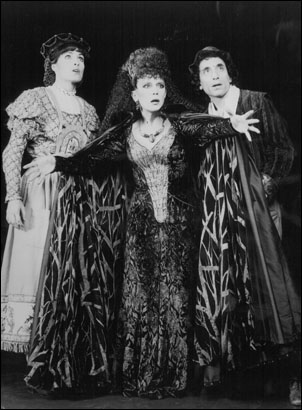 Cynthia Sikes, Nancy Dussault and Chip Zien in the original Broadway production