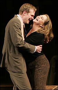 David Harbour and Kathleen Turner in <I>Who's Afraid of Virginia Woolf?</I>